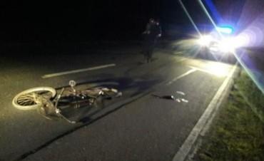Un hombre fue encontrado tirado al lado de su bicicleta en la Ruta 1