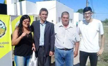 Escándalo: El intendente de Vera entregó 40 viviendas a dedo