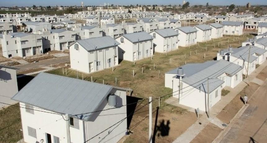 La provincia presenta una línea de créditos hipotecarios para Reconquista
