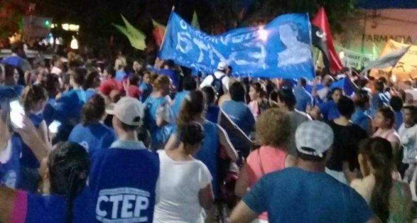 Una multitud marchó contra los tarifazos en la ciudad de Reconquista