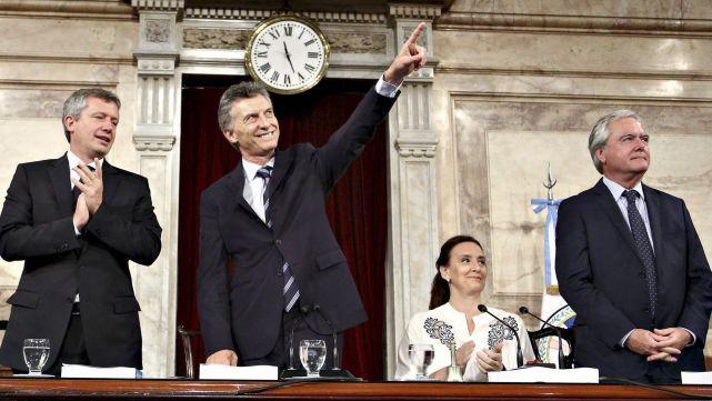 Inseguridad y reformas, ejes del mensaje legislativo de Macri