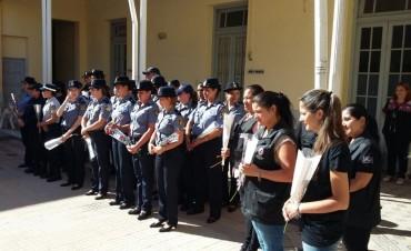 Reconocimiento a mujeres policias