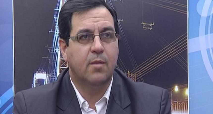 Vallejos anunció un proyecto para entregar 1.000 lotes para viviendas