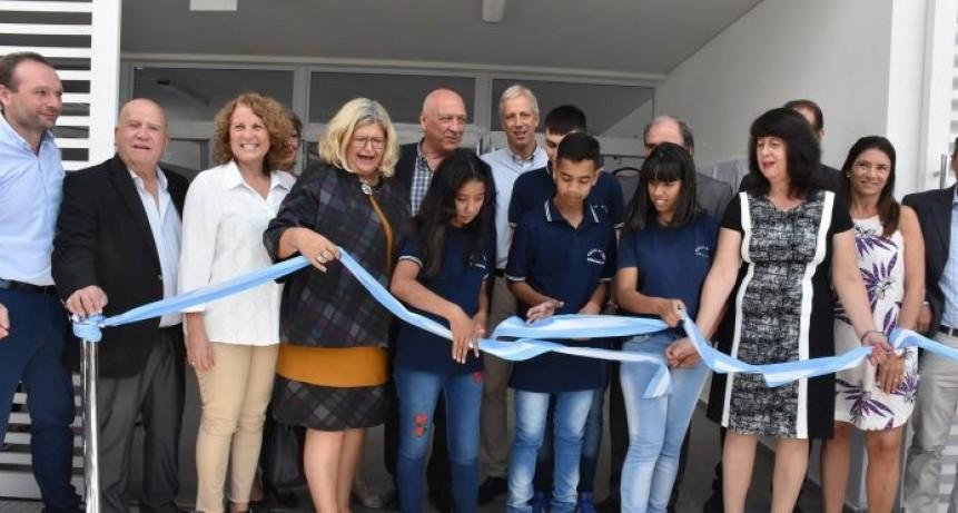 Inauguraron el edificio de la escuela secundaria de Avellaneda