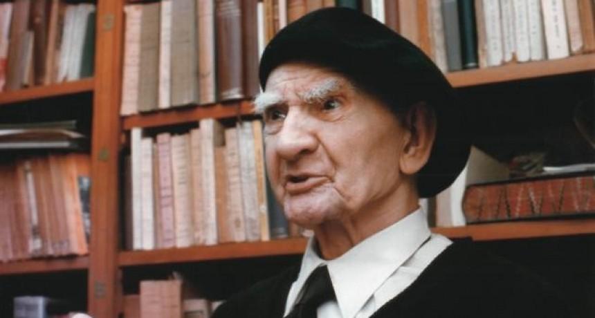 Colección de la obra del padre Castellani en la Biblioteca Popular
