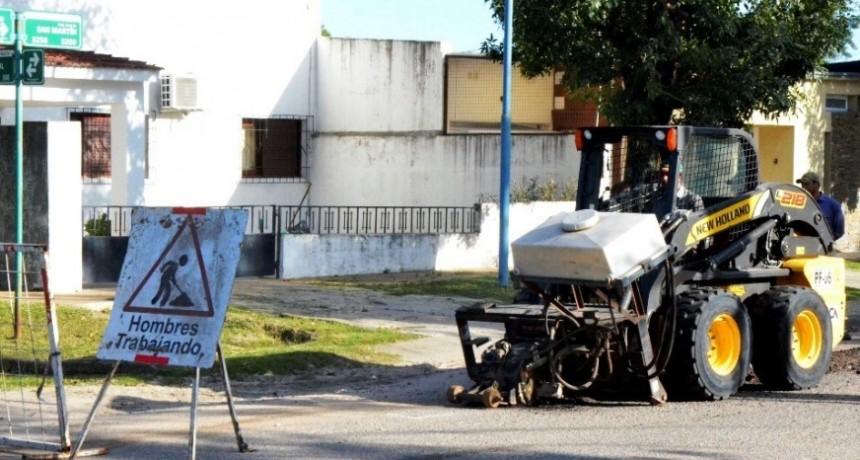 Avanza el Plan Integral de Bacheo en Interbarrial Sur