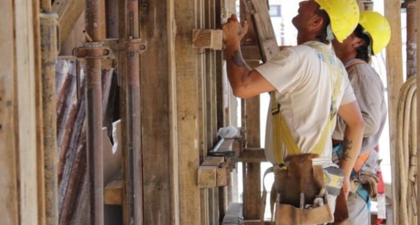 Liderado por la construcción, el empleo registrado creció 1,1% en Santa Fe durante 2017