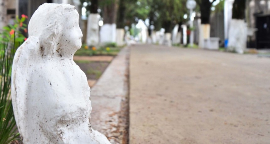 Visita guiada por la arquitectura del Cementerio Municipal