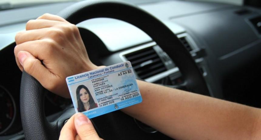 Charlas para renovar las licencias de conducir en Avellaneda