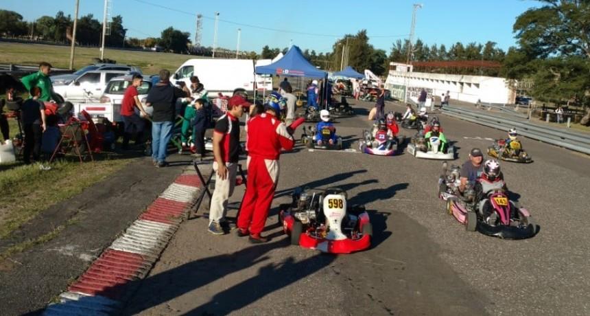 Karting: 45 pilotos presentes en las pruebas comunitarias