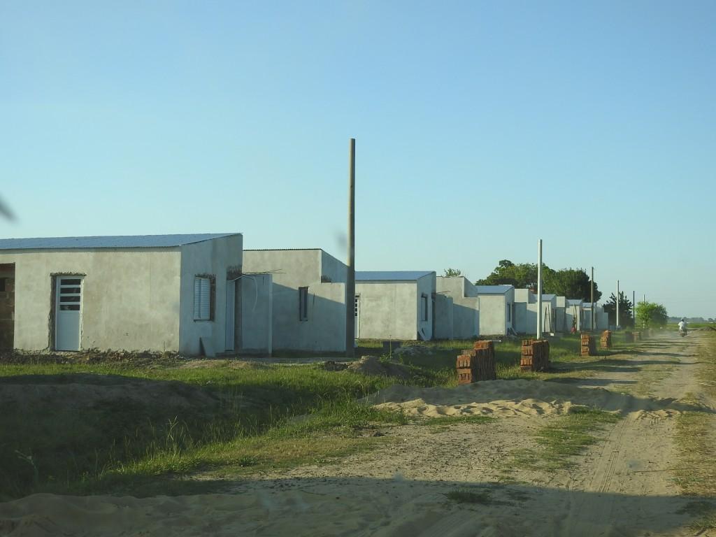 Avanzan diferentes planes habitacionales en el área metropolitana Reconquista – Avellaneda