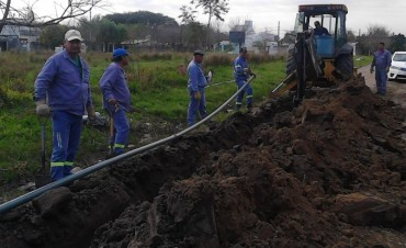 Comenzaron las obras para llevar agua potable a barrio América.