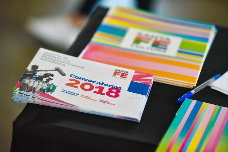 Convocan a emprendedores y artistas para participar de programas provinciales