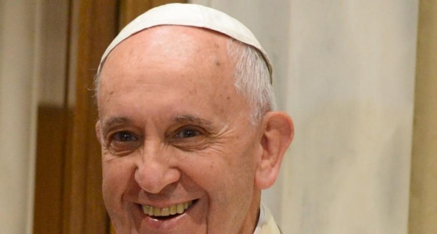 El papa Francisco dona respiradores a países en crisis por el coronavirus