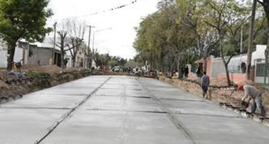 Con mas cuadras pavimentadas, Avellaneda suma calidad de vida