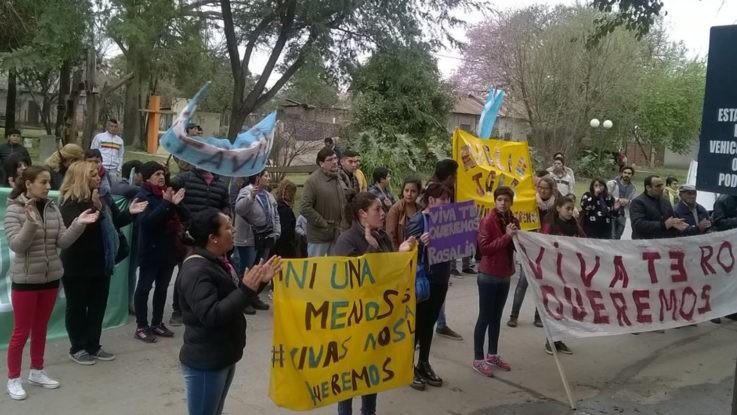 Un mes sin Rosalía: hubo manifestación en Vera