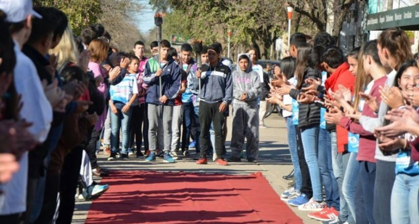 Reconquista inaugura la Estudiantina Olímpica 2018