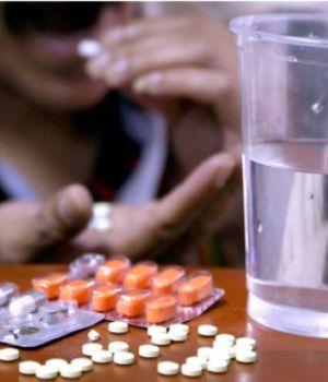 Más de la mitad de los argentinos se automedica