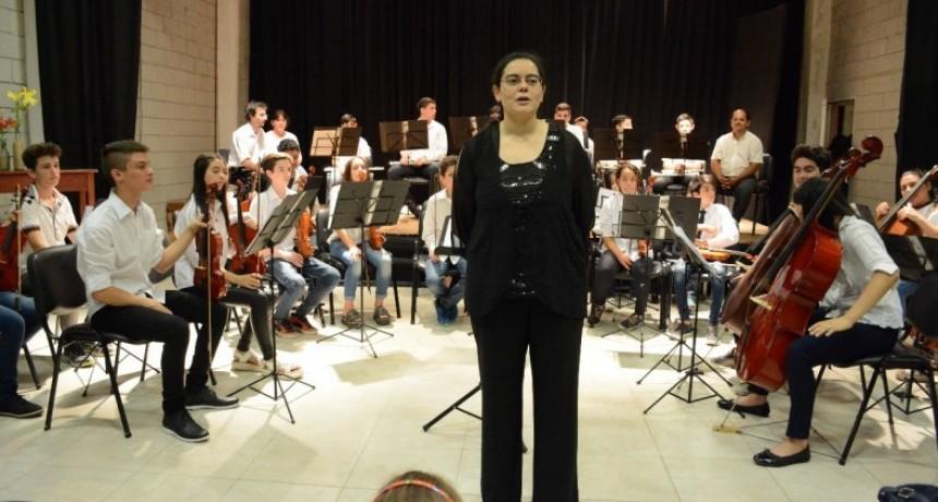 La orquesta Infanto-Juvenil vibró en la Bienal de Arte Joven en Santa Fe