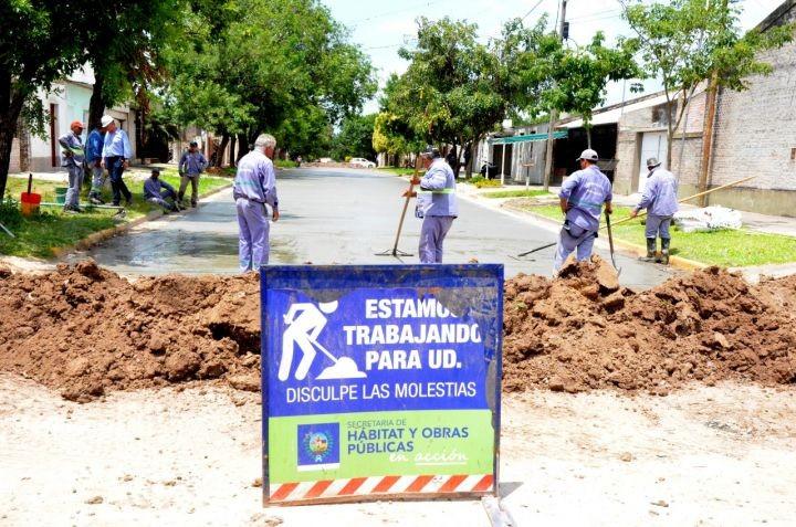 Nueva cuadra pavimentada en Barrio Sarmiento