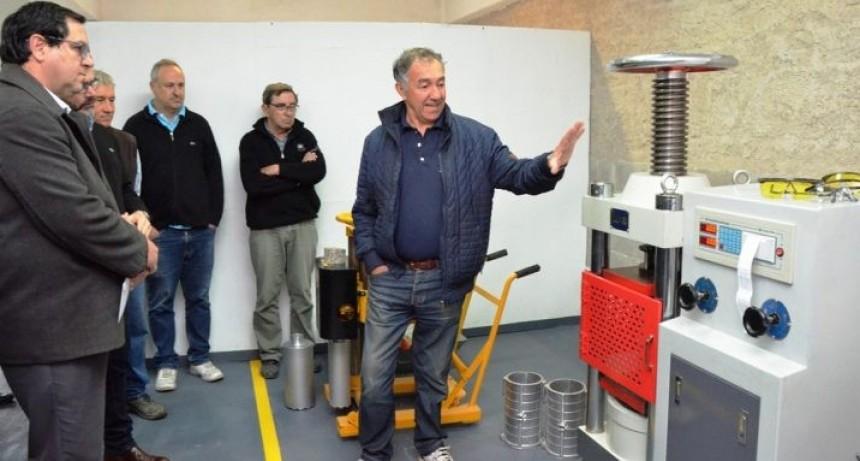 La UTN cuenta con un nuevo equipamiento  para control de la obra pública