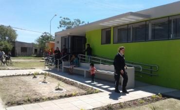 """Se inauguró el Centro  de Cuidados Infantiles """"Arcoiris"""" en Avellaneda"""