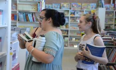 """Agenda de actividades en la Feria del Libro """"Gente del Agua""""."""