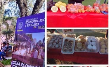 Feria de microemprendedores en las plazas de Reconquista