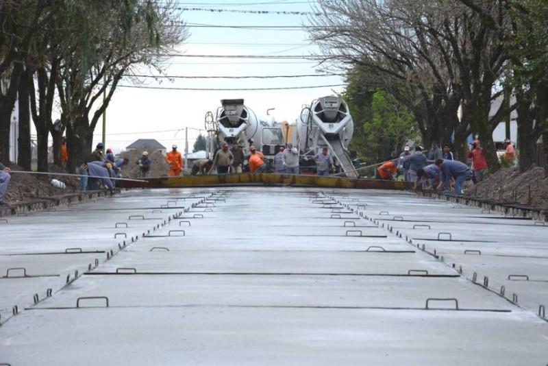 Obras de asfalto en Calle 38 entre 21 y 19 de Avellaneda