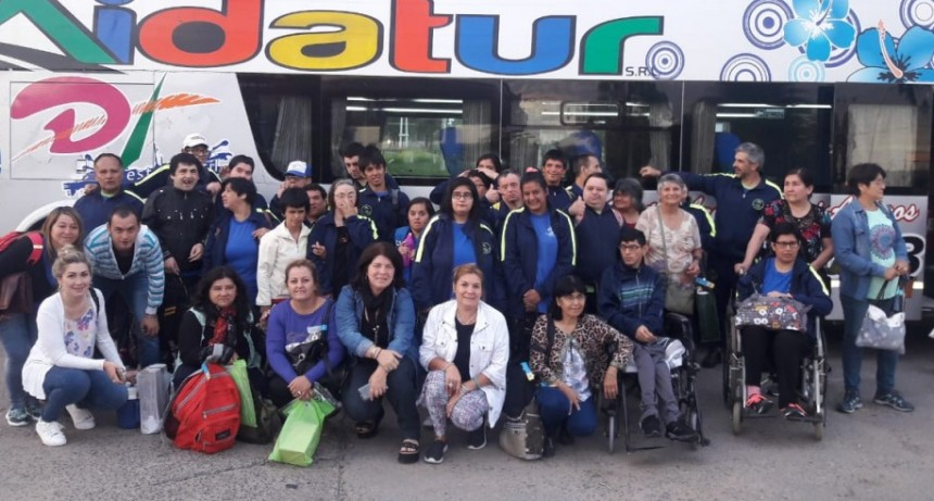 Viaje recreativo del Centro de Día Municipal Raíces