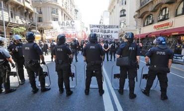 """Hemilse Cañete: """"Pese a la represión, estamos de pie"""""""